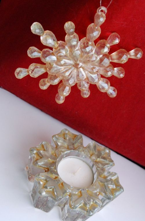 Ornament and tealight