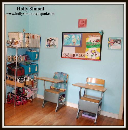 Holly Simoni Room3