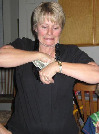 Kim money bra