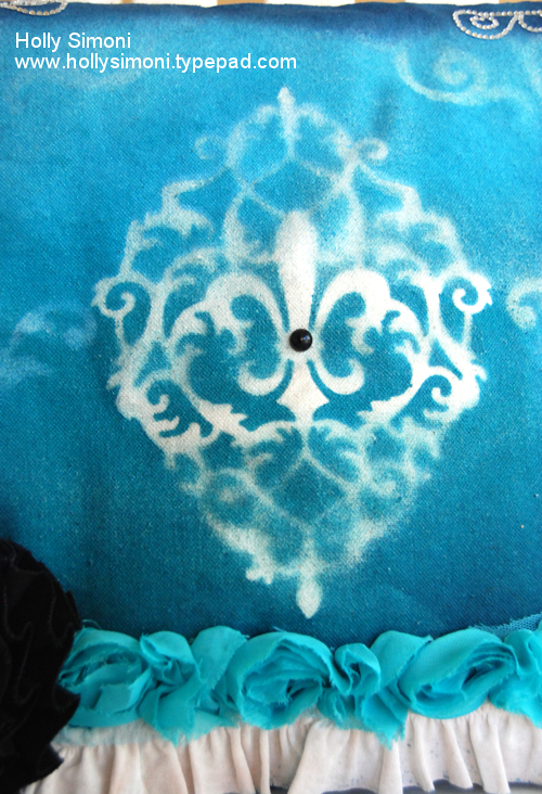 HS Canvas Pillow stencil close up